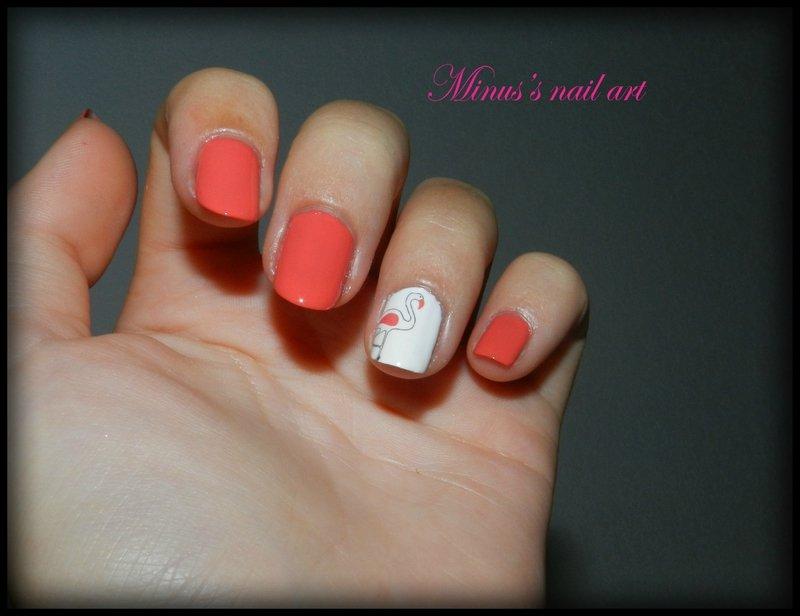 Orange + un ongle blanc